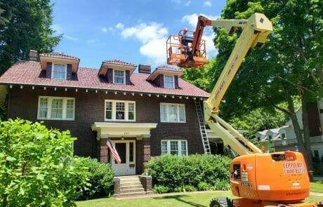 Aerial lift exterior painting